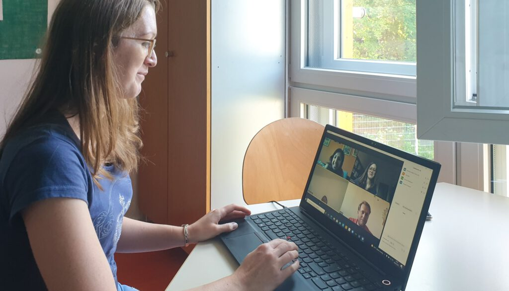 IQ Sprachqualifizierung im Berufsfeld Pädagogik im Dialog-Institut Kassel - Videomeeting